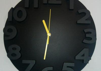 zegar-betonowy-czarny
